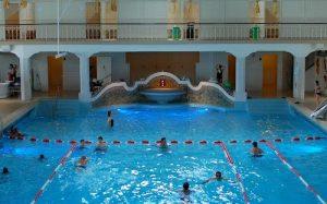 swimming-amsterdam